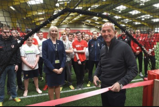Boro boss Tony Pulis unveils refurbished all-weather pitch at Herlingshaw Centre in South Bank